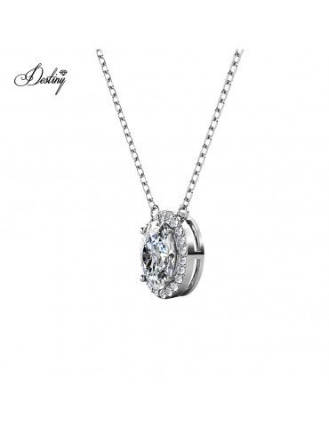 Moissanite Diamond La Reine Pendant