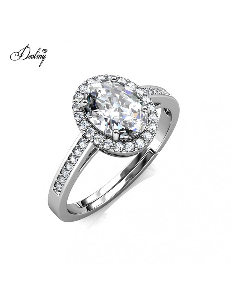 Moissanite Diamond La Reine Ring