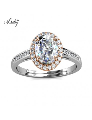 Moissanite Diamond La Reine Ring