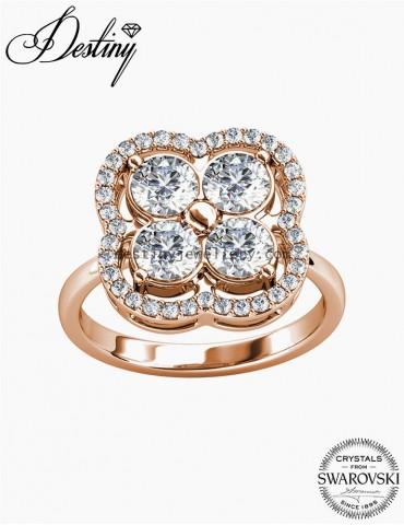 Elegant Clover Ring